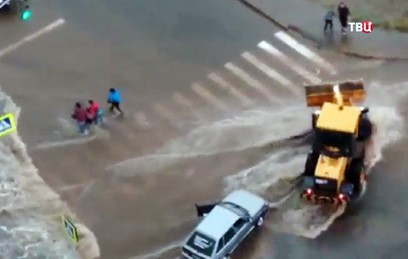Мощный ливень затопил Уфу. Видео
