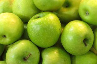 Какие яблоки полезнее— зеленые или красные?