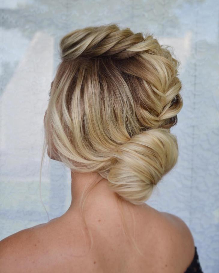 пучок на короткие, средние и длинные волосы фото 14