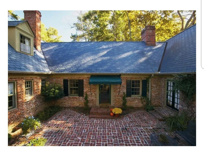 Владелец дома покрыл крышу керамогранитной плиткой для пола. Крыша, Кровля, Керамогранит, Строительство, Дом, Длиннопост