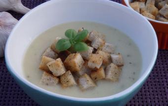 Чесночно-сырный суп