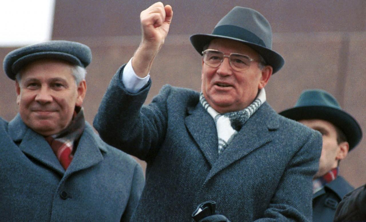 27 лет без СССР.
