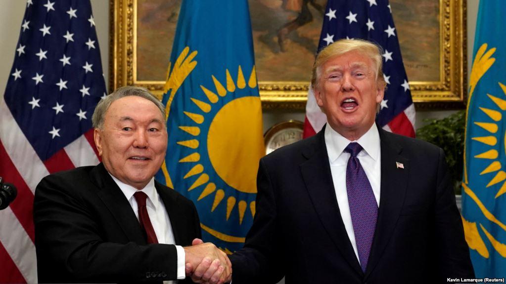 Назарбаев сам создает предпосылки для дестабилизации и цветной революции в Казахстане