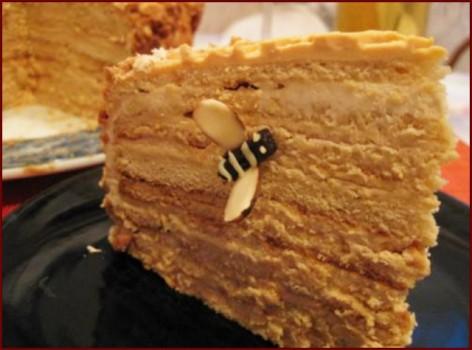 Тортик Медовик: наилучшие рецепты и советы по изготовлению, медовый тортик рецепт 1 яичко.