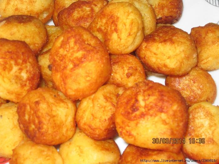 Картофельные шарики или пампушки жареные