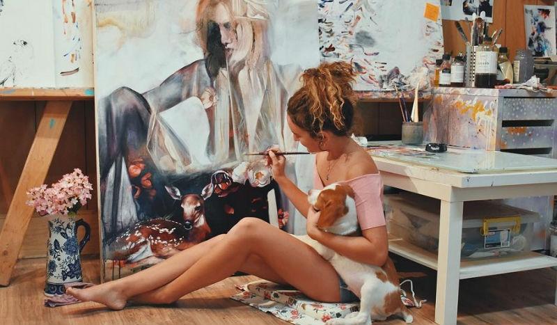 Как 18-летняя художница продает свои картины за десятки тысяч долларов