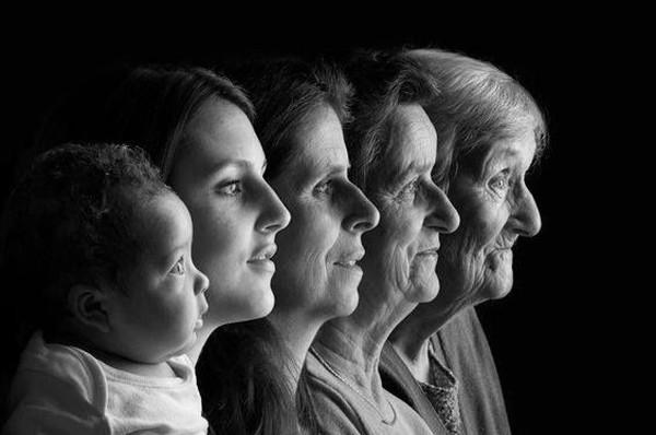 «И лампа не горит…»: 3 самых кризисных возраста в жизни каждого