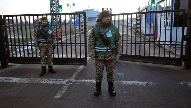 Польша заблокировала транзит украинских грузов