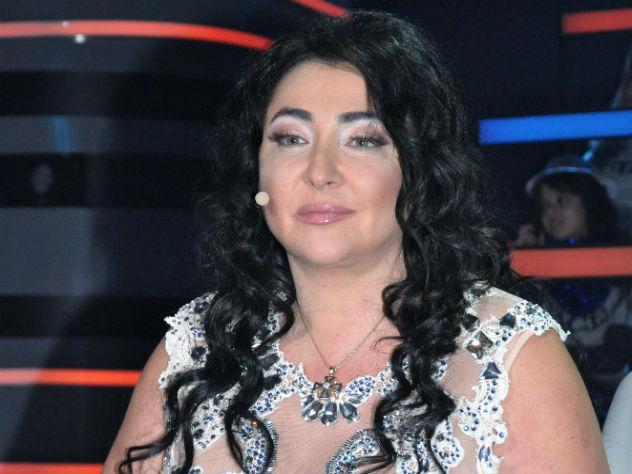 Лолита Милявская несколько раз оконфузилась в одном видео