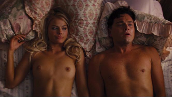 otrivki-filmov-gde-golie