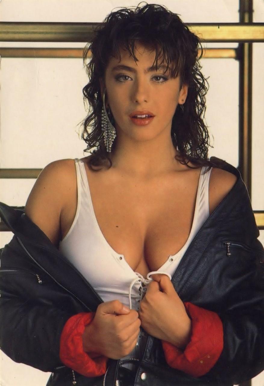 Сабрина Салерно. Сексуальная певица и актриса из 80-х.