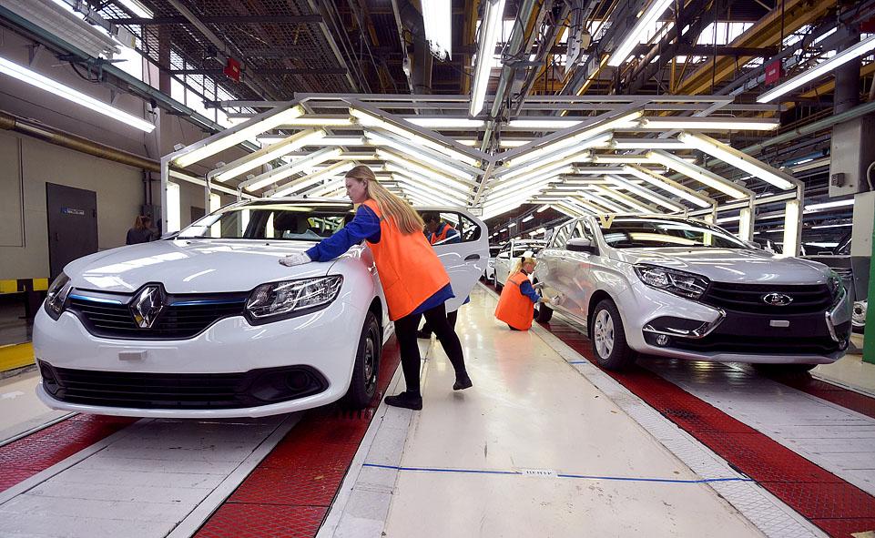 Лада Granta весной остается самой продаваемой моделью в РФ