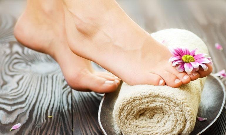 Эффективные ванночки для ног с морской солью