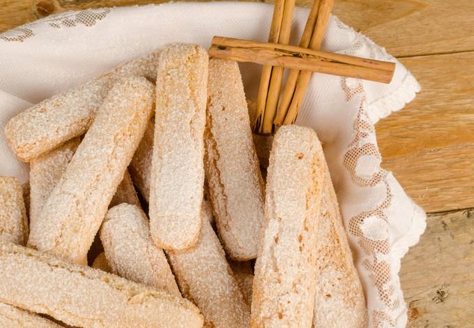 Бисквитное печенье Савоярди. Печенье «Дамские пальчики»