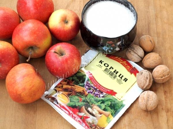 Ингредиенты для яблочного литовского сыра