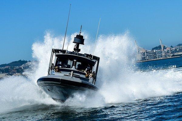 Скорость у подобных судов - один из немногих плюсов. Фото: pixabay