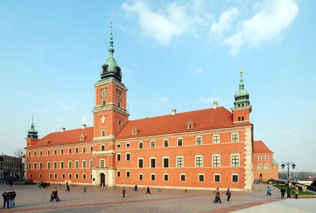 Гнев «польских сантехников»: Варшаве не нужны украинские гастарбайтеры