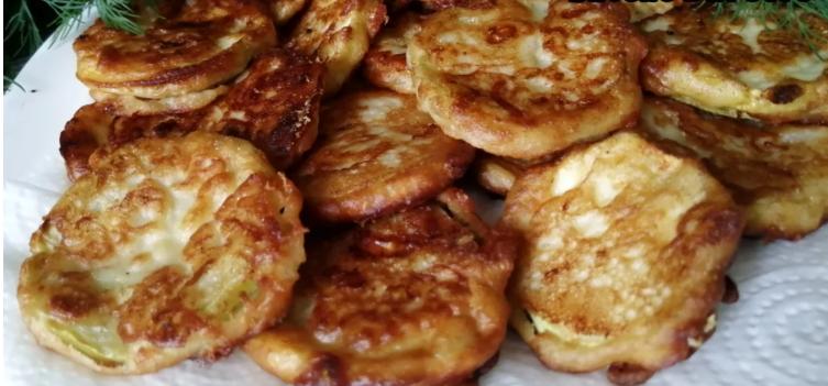 Простой и быстрый рецепт кабачков в сырном кляре: хрустящие и вкусные