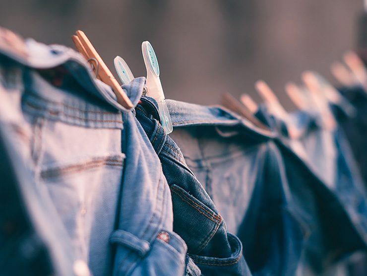 8 важных правил при стирке джинсов