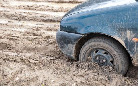 Угнанная Toyota вернулась к владельцу благодаря грязи