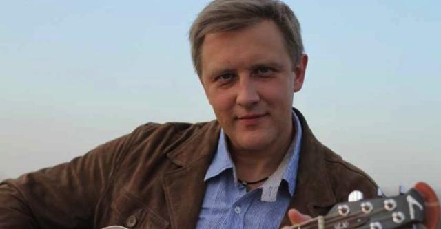 Кинозвезда Сергей Горбаченко показал свою привлекательную жену. Ах какие ноги!