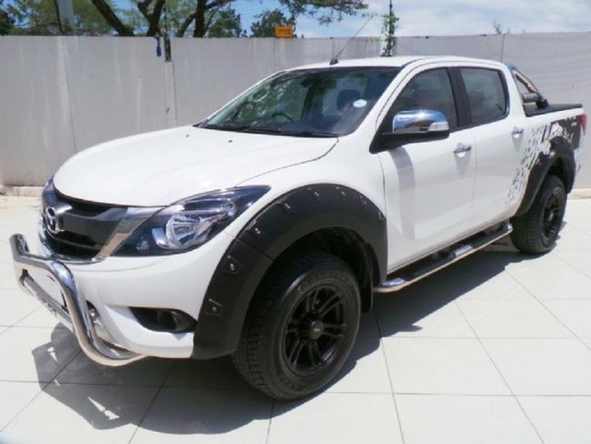 Mazda представила свежую версию пикапа BT-50