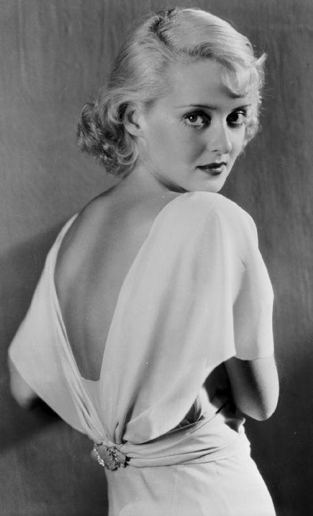 Вдохновение 1930-ми. Вечерняя и свадебная мода