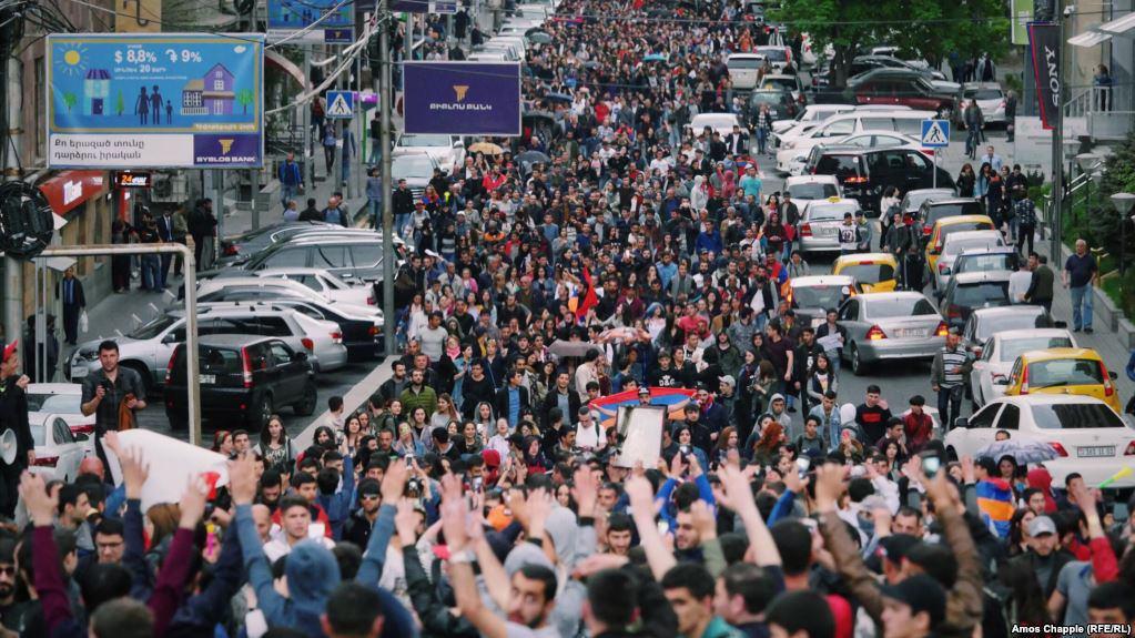Владимир Погосян: Протесты в…