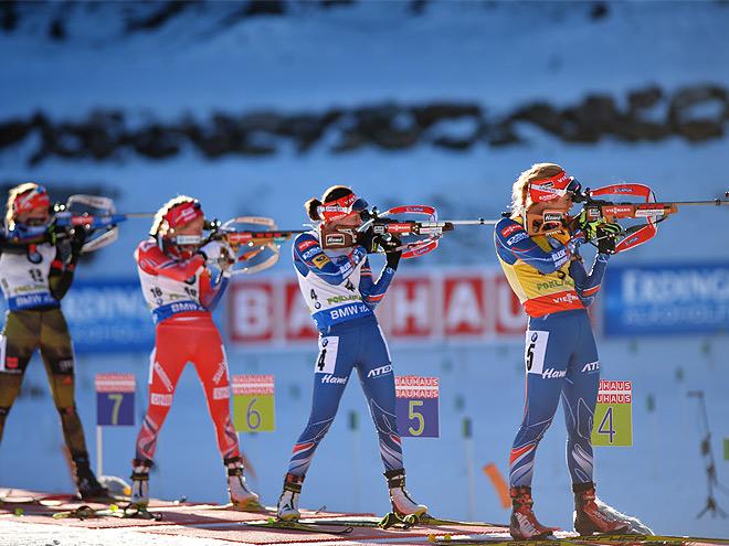 Около 200 биатлонистов из разных стран требуют ужесточить давление на россиян