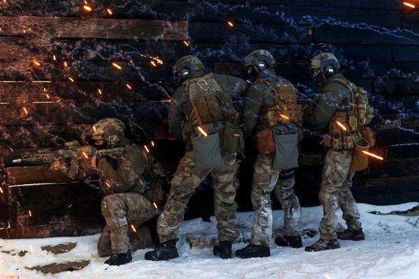 Спецназ ССО России против террористов в Алеппо и Пальмире