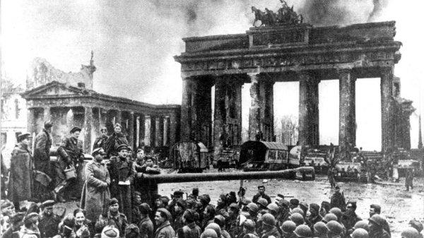 Как союзники попытались в 1945 году украсть у России победу в войне.