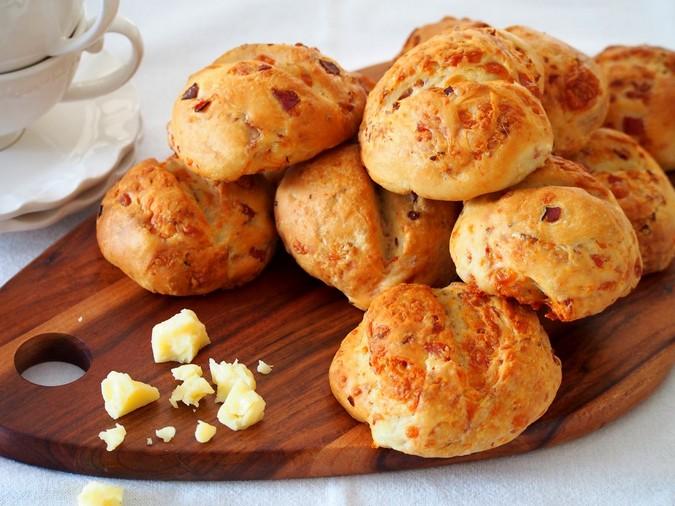 Мини-булочки с сыром и чесноком