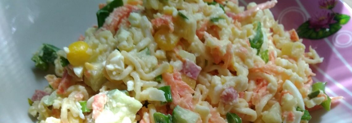 Салат из вермишели быстрого приготовления (рецепт)
