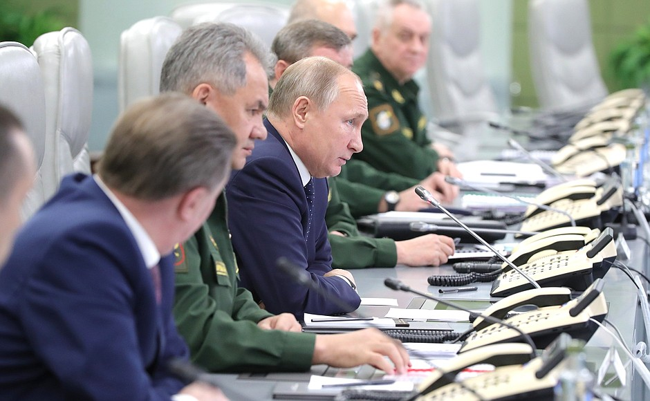 Посещение Национального центра управления обороной. Пуск ракеты комплекса «Авангард»
