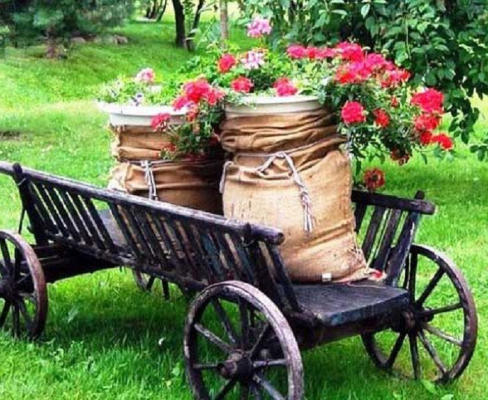 Симпатичное оформление горшков для цветов, что станут просто находкой для сада.