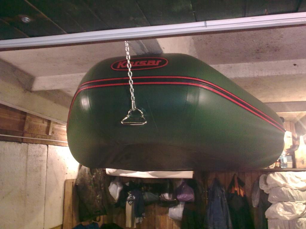 Как подвесить лодку в гараже своими руками 81