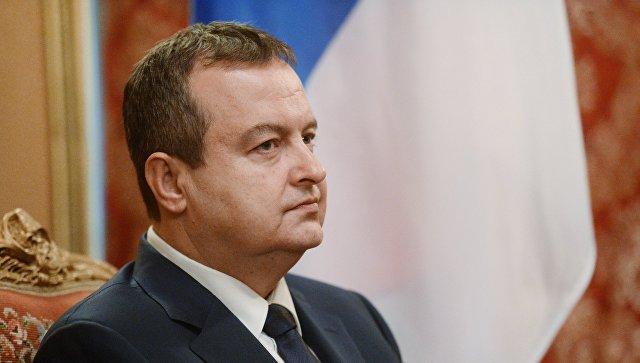 Глава МИД Сербии: Нельзя сра…