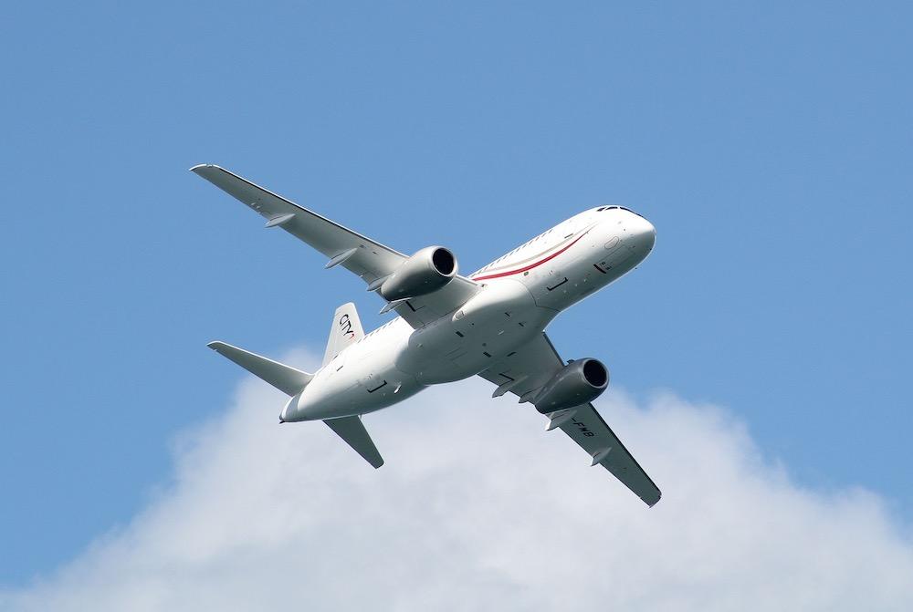 Владимир Путин поддержал проект нового SSJ-100: российский авиалайнер встаёт на крыло