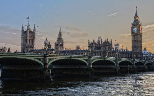 Отношения Лондона и Москвы д…