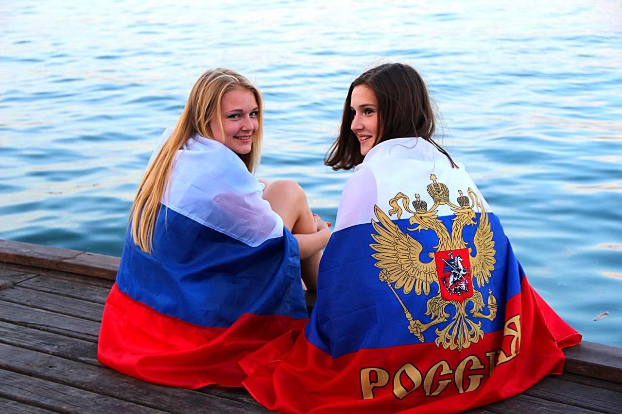 Крым и Россия: как поменялись настроения крымчан спустя 5 лет