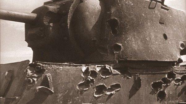 За что советского танкового аса Зиновия Колобанова чуть не отправили под трибунал