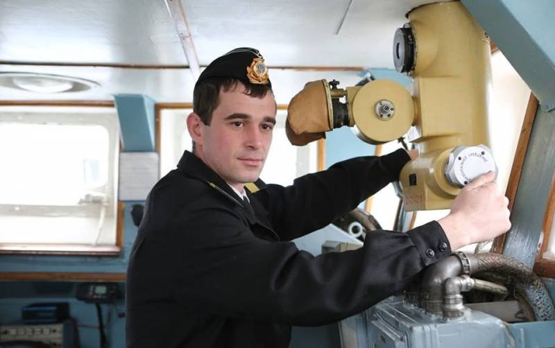 Агитпроп Константина Сёмина: Военное положение не для всех