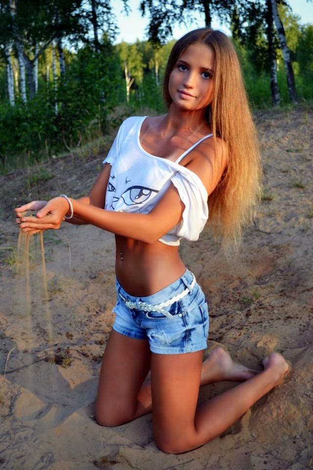 Молоденькие красавицы из социальных сетей