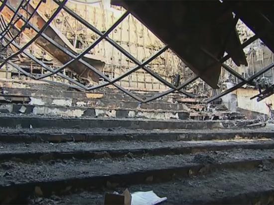«Ты крыса»: спасшуюся в «Зимней вишне» дочь пожарного затравили одноклассники