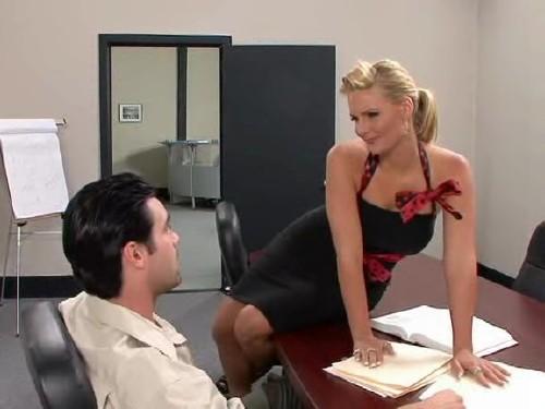Смотри видео с секретаршами онлайн
