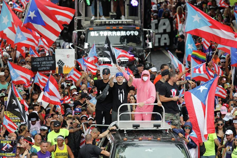 Власть в Пуэрто-Рико свергли…