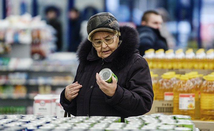 Западные продукты в России по-прежнему запрещены, но они все равно попадают на рынок
