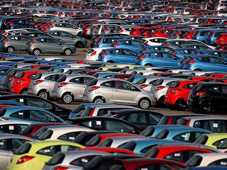 Чем новые санкции США обернутся для автовладельцев России