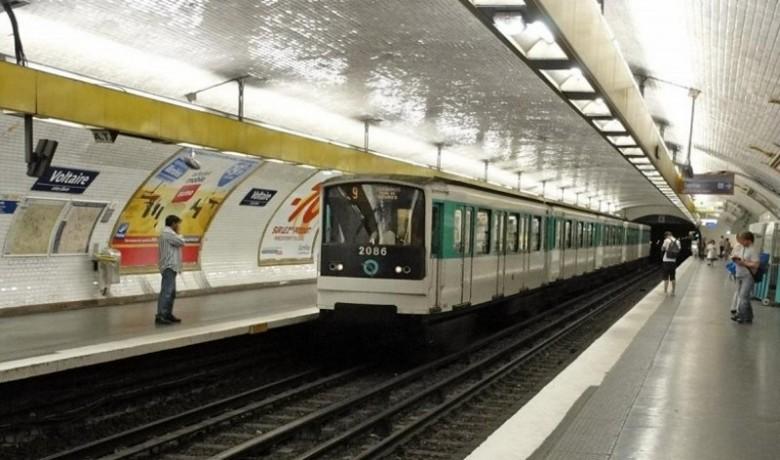 Власти Парижа придумали способ, как избавиться от автомобилей