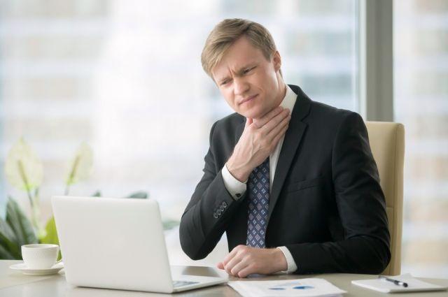 Почему садится голос? Осиплость может быть признаком серьёзных заболеваний